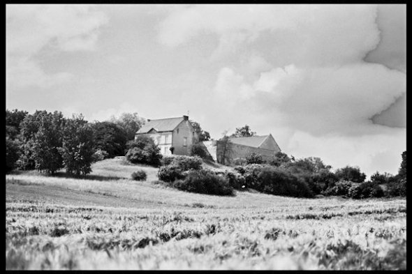 Rollei ATP V1 in Rollei RLC: Developed for 6 minutes. Treated as a 40 asa film. Much more tonality than when developed in HC110. still suprisingly contrasty.