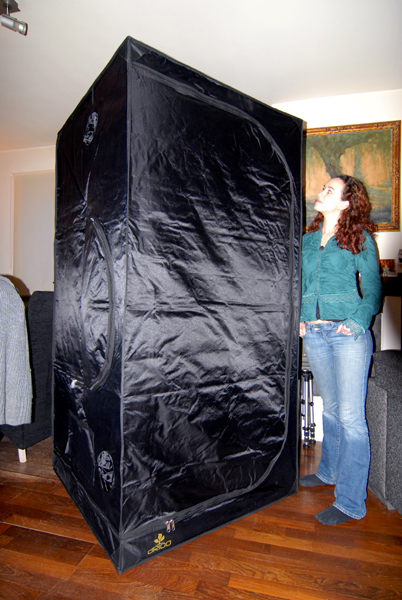 Unfolded itu0027s really pretty big! & Secret Jardin Darkroom Tent DR100 | Photography Contrastique ...