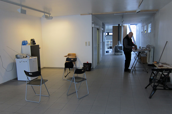 Galerie Zebra - from the exhibition space looking at the entrance